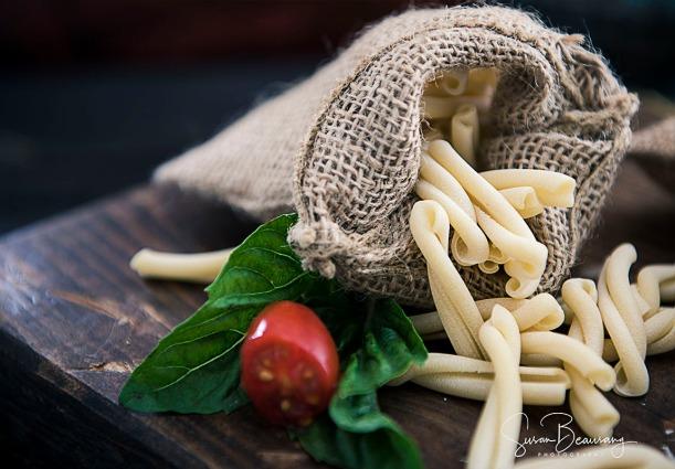 Fusilli, Rigatoni, Spagetti, 3 shapes pasta